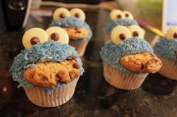 possibly the cutest cupcake ever.: Cookie Monster, Cookie Monster Cupcakes, Sweet, Food, Monsters, Nom Nom, Party Ideas, Kid, Dessert