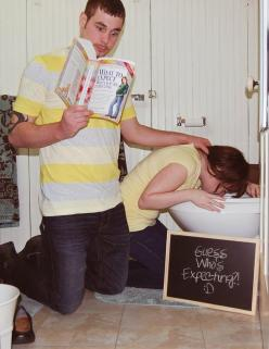 Pregnancy Announcement/ Pregnancy Reveal... I can so see us doing this lol (FUTURE PIN): Stuff, Baby Reveal, Funny Pictures, 2Nd Baby Announcement Ideas, Reveal Ideas, Baby Announcements, Funnies, Pregnancy Announcement, Photo