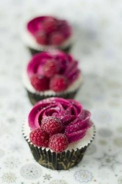 Raspberry cupcakes: Cuppycake, Sweet, Raspberry Cupcakes, Cuppy Cake, Food, Cup Cake, Champagne Cupcakes, Dessert