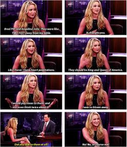 She represents the awkward yet funny girls and she needs an award for that: Hunger Games, Funny Girls, Funnies, Jenifer Lawrence, Jenniferlawrence, Jennifer Lawrence, J Law