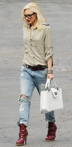 Simple look... easy to do with all of our great basics here! And... Gwen Stefani is just amazing!: Boyfriend Jeans, Gwenstefani, Gwen Stefani, Fashion, Inspiration, Street Style, Outfit, Wear