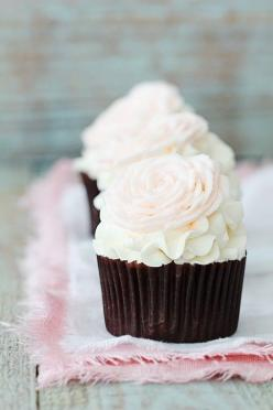 So Cute...bakersroyale: Idea, Sweet, Valentines, Wedding, Food, Roses, Cup Cake, Rose Cupcakes, Dessert