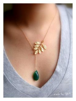 so pretty: Gold Filled Chain, Beautiful Necklace, Green Onyx, Leaf Necklace, Lariat 14K, Gold Necklaces, Jewelry, Leaf Lariat