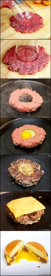 Use sausage and have the perfect breakfast sandwiches for when you have company staying the night :) ummmm yum!: Cheese Breakfast, Idea, Food, Breakfast Sandwiches, Burgers, Cheeseburger