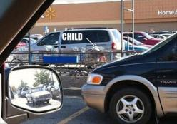 WALMART 2014~~~I GUESS WHEN THAT SECURITY PERSON IN THE WHITE YUGO COMES AROUND, THE CHILD WILL BE SAVED! MUST BE 2 FOR 1 DAY!: Babies, Funny Pictures, Walmart Shoppers, Funny Stuff, Dump A Day, Hilarious, Funny Parentingfail, Wal Mart People