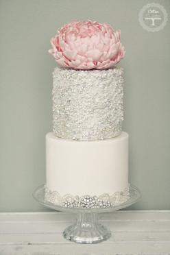 Wedding Cakes With Exceptional Details. To see more: http://www.modwedding.com/2014/06/20/wedding-cakes-exceptional-details/ #wedding #weddings #weddingcake Featured Wedding Cake: Cotton Crumbs: Gorgeous Cakes, Cake Design, Wedding Ideas, Weddings, Cake I