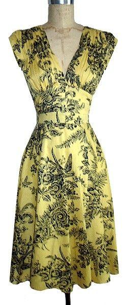 1940s day dress- I don't know why but I'm so drawn to this dress and find it to be so pretty: 1940 S, 1940S Dresses, Style, Vintage Dresses, Vintage Fashion, Day Dresses