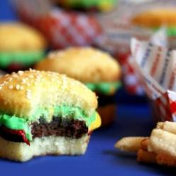 Cupcakes?? These were great, everyone loved them. Made them for the local butchers for morning tea, combo of cake and brownie, taste great. But played tricks on your mind, hamburger or cake, soooooo much fun.: Ideas, Sweet, Hamburger Cupcakes, Party Idea,