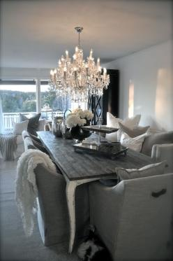 .: Dining Rooms, Comfy Chair, Interior, Chandelier, Idea, Cozy Dining Room, Dining Table, Dinning Room, Diningroom