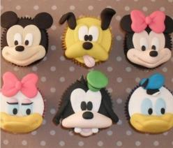 Disney Cupcakes: Cup Cakes, Character Cupcakes, Mickey Mouse, Cupcake Ideas, Disney Cupcakes, Disney Cake, Disney Character, Party Ideas, Birthday Party