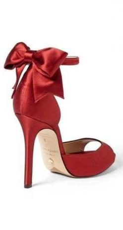 I would probably fall on my ass within minutes of putting them on! Gorgeous, red Kate Spade bow sandal.: Bow Sandals, Red Shoes, New York, Kate Spade