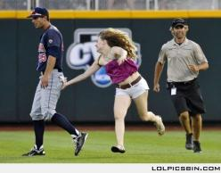 If you're gonna get kicked out anyway, you may as well do it right..: Field, Bucket List, Giggle, Girl, Hero, Funny, Funnies, Worth It, Baseball Players