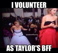jennifer lawrence // taylor swift // hunger games // swiftie // jlaw more funny pics on facebook: https://www.facebook.com/yourfunnypics101: Taylor Swift, Taylorswift, Lawrence Photobombs, Celeb, Golden Globes, People, Photobombs Taylor, Jennifer Lawrence