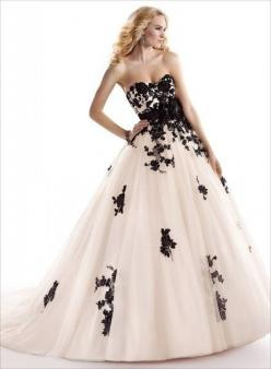 New Ivory/black Lace Bridal Wedding Formal Dress Prom Ball Gown Custom #Unbranded #BallGown #Formal ~ with a black lace mask this would be great!!!: Ballgown Gown, Elegant Ballgowns, Black And White Ballgown, Ball Gown Prom Dress, Black And White Prom Dre