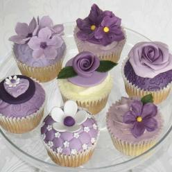 purple: Purple Cupcakes, Cup Cakes, Sweet, Wedding Ideas, Purple Flowers, Food, Flower Cupcakes, Lavender, Wedding Cake