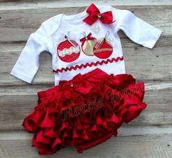 Red Satin Merry Christmas Ruffle Butt Set Diaper Cover Bow Ornament Appliqué Ruffle Bloomer: Red Satin, Infant Christmas Outfit, Christmas Ruffle, Baby Clothes, Baby Girl Christmas Outfit, Baby Girls Christmas, Baby Christmas Outfit Girl, Toddler Christma