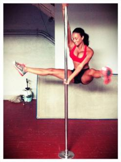 strengthfromstruggle:    Draya Michele: No Fitness, Pole Dancing, Poledance, Pole Fitness, Poledancing, Fitness Inspiration, Workout, Pole Dance