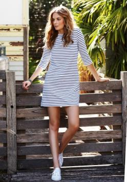 {striped dress with kicks}: Fashion, Summer Outfit, Style, Dresses, Spring Summer, Stripe Dress, Stripes
