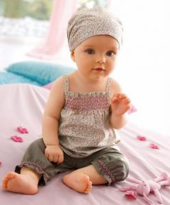 Such a chic little outfit! Idea for my Bella!: Babies, Babygirl, Clothes, Baby Girls, Kids, Floral Outfit, Floral Pattern
