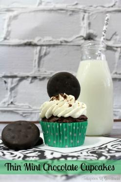 Thin Mint Chocolate Cupcake Recipe: Baking Desserts, Food Desserts Recipes, Chocolates, Thin Mints, Cupcakes Recipe, Recipes Desserts Cupcakes, Desserts ️Cupcakes, Chocolate Cupcake Recipes, Mint Chocolate Cupcakes