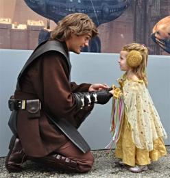 This is the most adorable thing I've ever seen (:: Star Wars Cosplay, Stars, Anakin Skywalker, Anakin Meets, Costume, Adorable Thing, Starwars