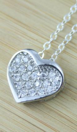 wishing someone (a.k.a,your crush) gives you a heart necklace. just the girly things: Heart Necklacesterling, Necklacesterling Silver, Fashion, Gift, Silver Heart Necklaces, Sterling Silver Hearts, Silver Jewelry, Heart Pendants, Endora Jewellery