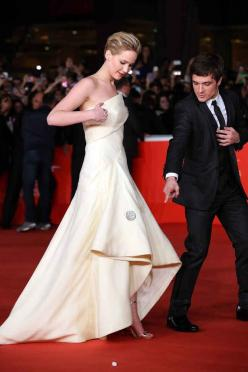 27 Times Jennifer Lawrence & Josh Hutcherson Proved They Have The Best Offscreen Relationship Ever: 27 Time, Josh Hutcherson, Sugar Cubes, Hunger Games, Hungergames, Times Jennifer, Jenniferlawrence, Jennifer Lawrence