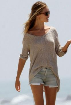 comfy: Summer Fashion, Beach Outfits, Summer Style, Dream Closet, Spring Summer, Summer Outfits, Slouchy Sweater, The Beach
