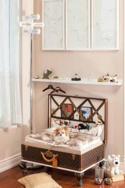 Dog rooms: Dog-friendly home decor! Three amazing dog rooms!: Idea, Dogs, Suitcase, Dogbeds Dogrooms, Dogrooms Petrooms, Dog Beds, Animal