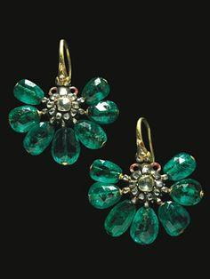 Emerald earrings from Topkapi Palace