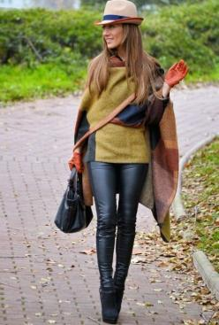 Gorgeous colours for fall. Cloak combination with leather accessories  #PTCtrends: Fall Fashion Outfits, Fashion, Clothes, Street Style, Lola, Wear, Ponchos, Fall Winter, Has