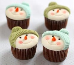 I LOVE these adorable Snowman cupcakes for winter / Christmas time: Holiday, Snowmen Cupcakes, Cup Cakes, Idea, Recipe, Sweet, Snowman Cupcakes, Food, Christmas Cupcakes