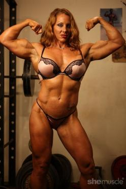 Lindsay Mulinazzi: Lady Muscle, Fit Women, Female Muscles, Lindsay Mulinazzi Fbb Ironfire, Muscular Women, Uber Hot, Sports Women, Http Femalemusclenetwork Com