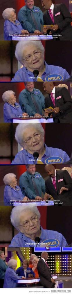 Oh my goodness this woman!: Steve Harvey, Giggle, Familyfeud, Funny Stuff, Funnies, Family Feud, Old Ladies