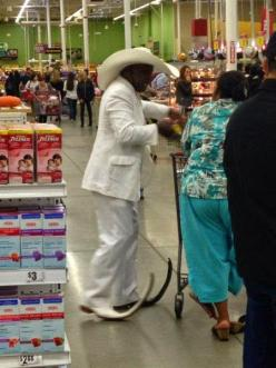 People Who Take Fashions to The WTF Level (18 Pics) | Funny All The Time: Things Funny, Funny Walmart, Heck, Funny Pictures, Fashion People, 16 Photos, Bad Fashion, Dr. Who, Called Fashion