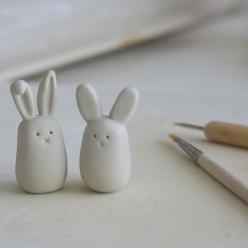 Pretty sure I could make something like this with air-dry clay quite easily Bunny love | Flickr - Photo Sharing!: Air Dry, Clay Project, Photo Sharing, Bunnies, Polymer Clay, Clay Idea, Diy, Crafts