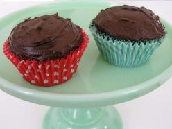 Recipe: Two (Exactly two!) Chocolate Cupcakes by brettbara  These are amazing - now I make them all the time :): Chocolate Cupcakes, Sweet, Chocolates, Two Cupcakes Chocolate, Food, Recipes, Cupcakes Two Cupcakes, Chocolate Cupcake Recipe, Dessert