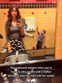 #selfie gone wrong # how can she go on living: Selfie, Awkward Moments, Funny Pics, Funny Pictures, Public Bathroom, Funny Stuff
