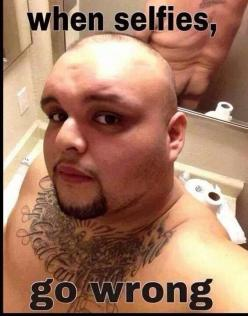 This is hysterically funny!!: Selfies, Funny Stuff, Funnies, Humor, Wrong, Things, Wtf