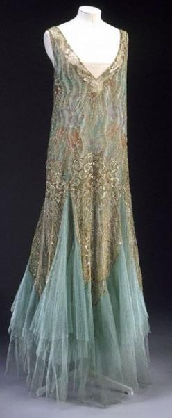 Ball gown, House of Worth, ca. 1928. Love the color combo, plus frankly it looks very comfortable.: 1920 S, Evening Dresses, House Of Worth, Vintage Fashion, Gowns, 1920S, Vintage Clothing