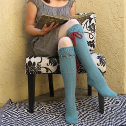 Cozy & Chic! Hand Knitted Knee Socks. By pinkcandystudio.: Ties Hand, Knee Socks, Red Ties, Knee Highs, Socks Turquoise, Knee High Socks, Turquoise Lace