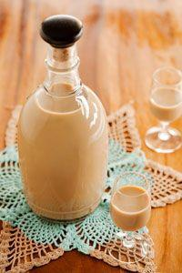 Cute Gift: Homemade Irish Cream liquer in a jug with a stopper...love this jug. Combine with two or more lovely aperitif glasses.: Liqueurs, Irish Cream, Recipe, Irish Creme, Homemade Irish, Paula Deen