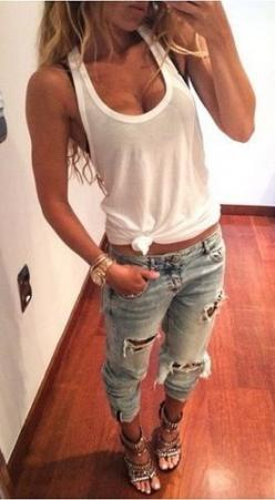 I really love this for some reason... I feel like heels don't go with this at all but it also makes the outfit.: Boyfriend Jeans, Fashion, Casual Outfit, Style, Spring Summer, Ripped Jeans Outfit, Holey Jeans Outfit, Summer Spring