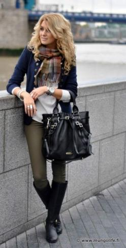 olive skinnies & navy cardi: Style, Olive Skinnies, Fall Outfits, Fall Fashion, Green Pant, Olive Pant, Fall Winter