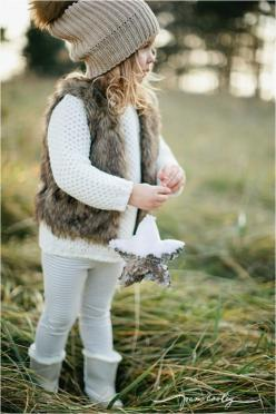 Perfect winter outfit for our little girls... Colbi girl <3: Fur Vest Outfit, Little Girl, Kids Fashion, Fur Vests, Baby Girl Christmas Outfit, Winter Outfits, Kids Christmas Outfit, Faux Fur Vest, Baby Fashion