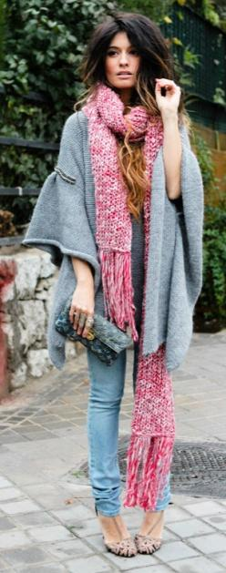 poncho + scarf + clutch.: Fashion, Street Style, Outfit, Scarfs, Hair, Fall Winter