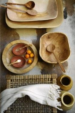 wooden spoons + bowls: Kitchens, Ideas, Wooden Bowls, Serving Bowls, Stuff, Table Setting, Wood Bowls Spoons, Things, Natural