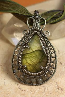 Designs By Kaska, Handcrafted in the U.S. Fine Art JewelryWire-Wrapped and Woven Pendant with Labratorite.: Wire Jewelry, Olive Green, Wire Work, Wirework, Design
