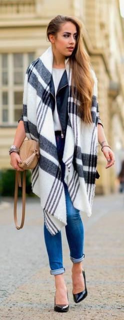#fall #fashion / oversized scarf: Lovely Outfitters, Hot Outfit Sexy, Fashion Forward, Autumn Closet, Fall Fashion, Bohemian Style, Cat Walk, Fall Edit
