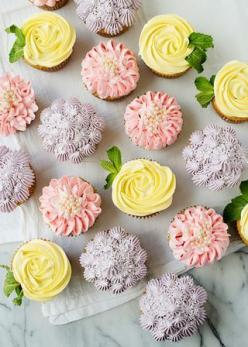 Flower Cupcakes - buttercream piping: Sweet, Zinnias, Buttercream Flower Cupcakes, Flowercupcakes, Easy Rose Cupcakes, Easy Flower Cupcakes, Hydrangeas, Dessert